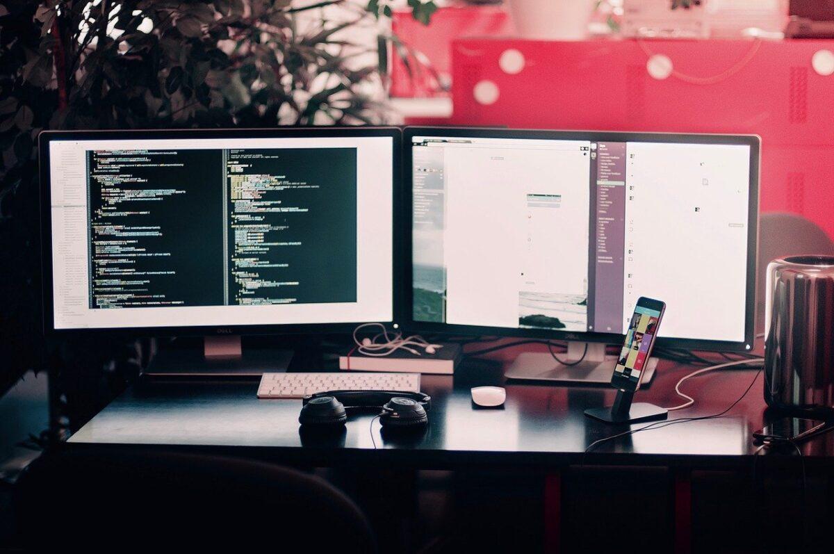desktop-1245714_1280-97e14e12